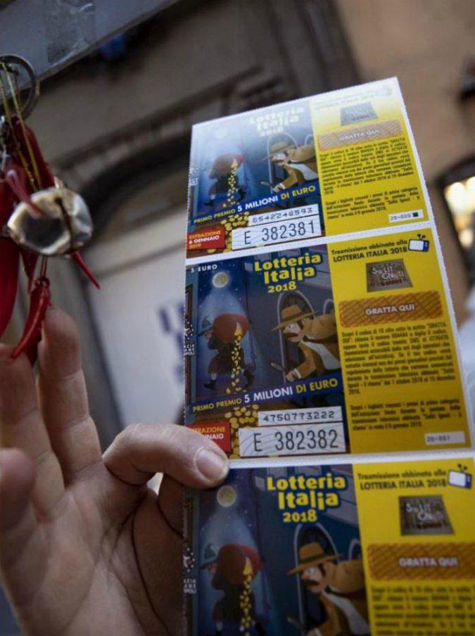 Lotteria Italia 2019, i biglietti vincenti. I primi 3 premi vanno tutti in Campania: il primo da 5 milioni venduto a Sala Consilina