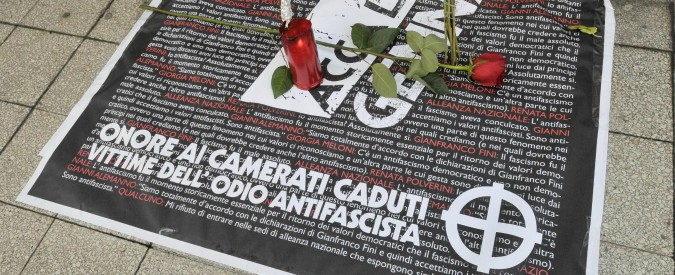 """Acca Larentia, 2 giornalisti de l'Espresso aggrediti durante cerimonia: """"Picchiati dai neofascisti di Avanguardia Nazionale"""""""