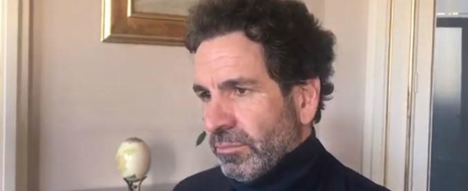 """Lecce, sindaco Carlo Salvemini si dimette: era """"anatra zoppa"""" dopo una sentenza del Consiglio di Stato"""
