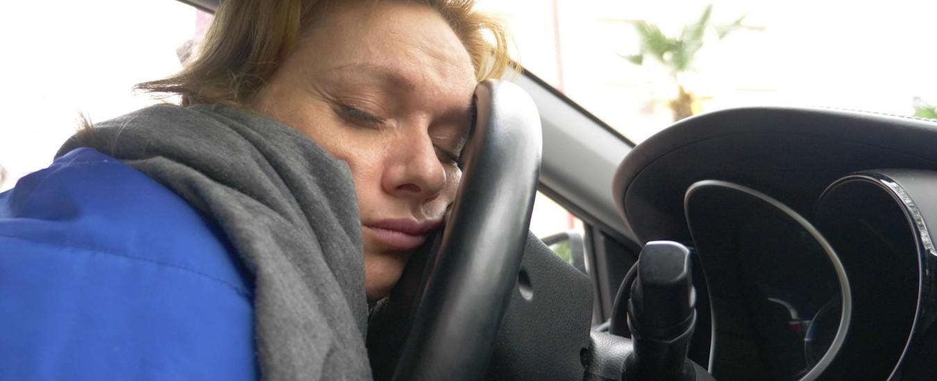 Occhiali hi-tech per prevenire i colpi di sonno al volante, l'idea arriva dalla Francia