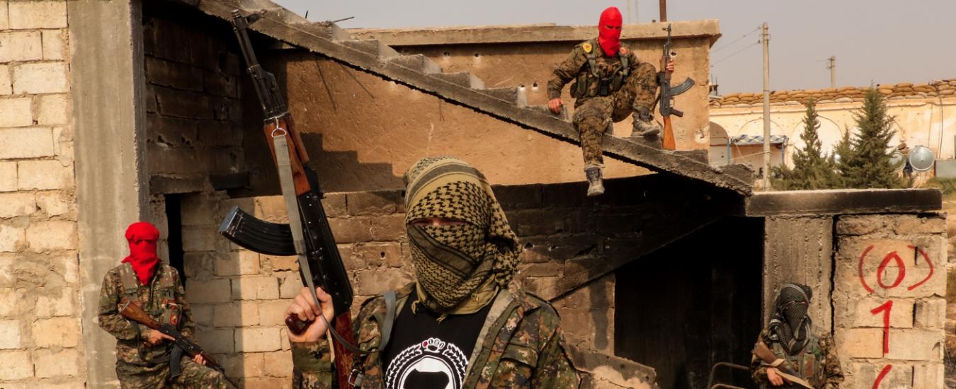 Per la Procura di Torino chi ha combattuto Isis è pericoloso. Ed è una vergogna