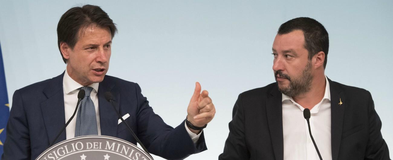"""Sea Watch, Salvini cede: una decina di migranti in Italia """"affidati alla Chiesa Valdese"""". Nuovo scontro con Malta"""
