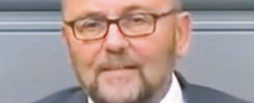 Deputato AfD aggredito a Brema: agguato politico