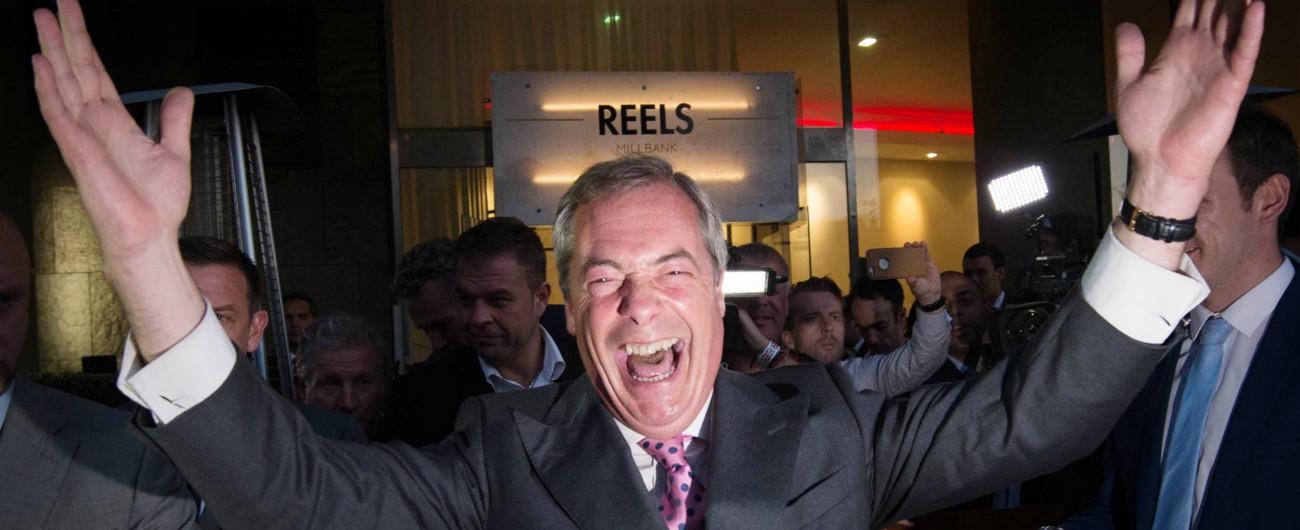 """Brexit, pioggia di milioni su deputati Uk: con addio all'Ue c'è l'indennità transitoria """"Nigel Farage incasserà 172mila euro"""""""