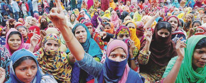 Tessile, tremano i marchi low-cost. Proteste a Dacca