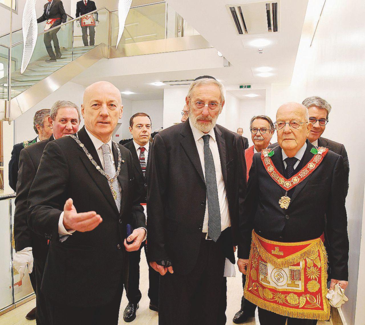 """Gli ebrei e i massoni: """"Complotto inventato dalla Civiltà Cattolica"""""""