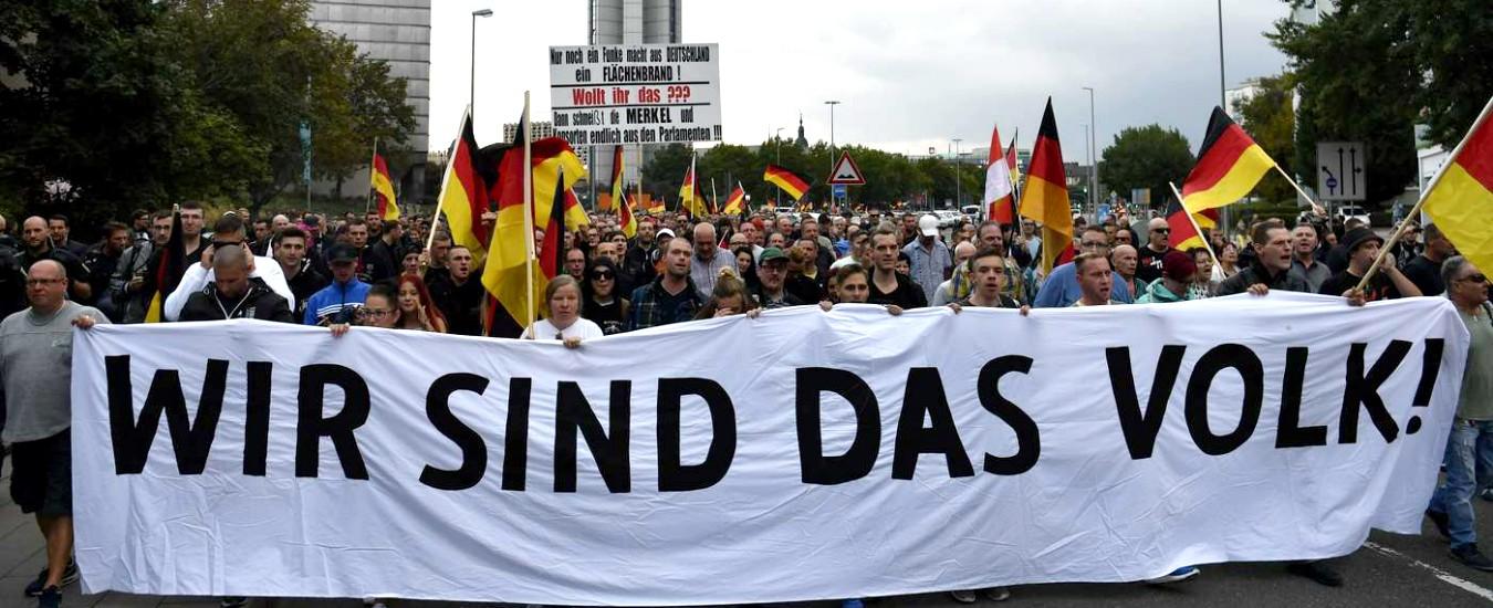 """Germania: l'estrema destra Afd propone 'Dexit', la Brexit tedesca. Weber (Ppe): """"Creano caos, non votateli"""""""