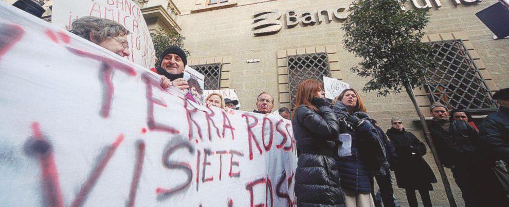 """Truffati dalle banche, il Tesoro: """"Così la Ue dirà no agli indennizzi automatici anche agli azionisti"""""""