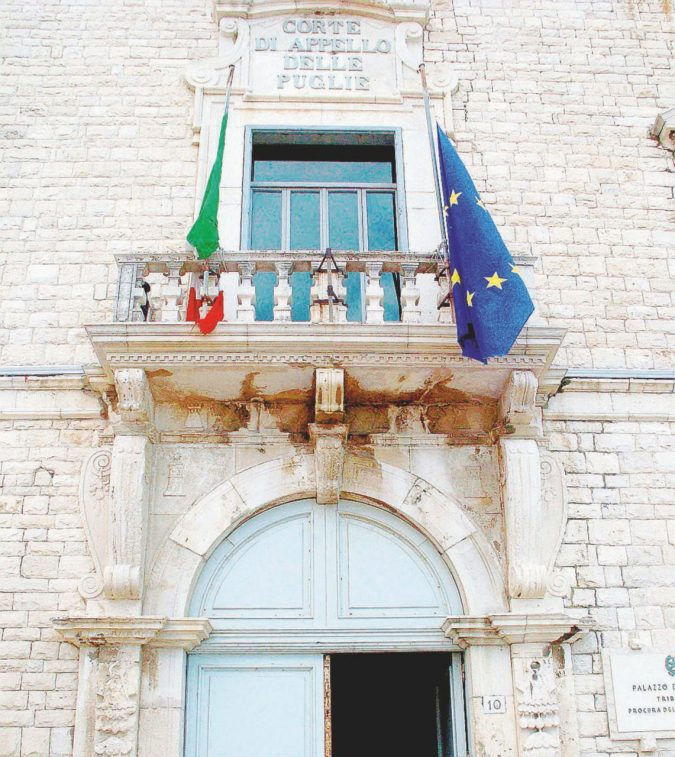 """Indagine sul socio di Renzi sr. """"Il pm rifiutò di inviare gli atti"""""""