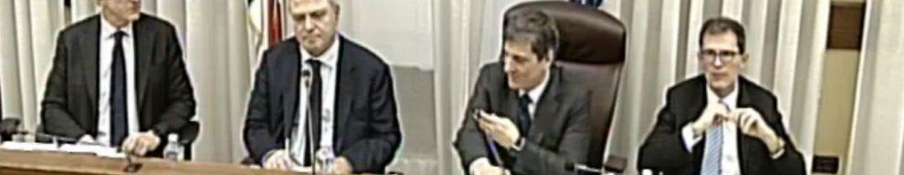 Lega contro direttore Tg1: 'Poco spazio a noi e atti governo'. M5s: 'Scelga qualità'. E lui: 'Fuori politica da Rai? Non da solo'