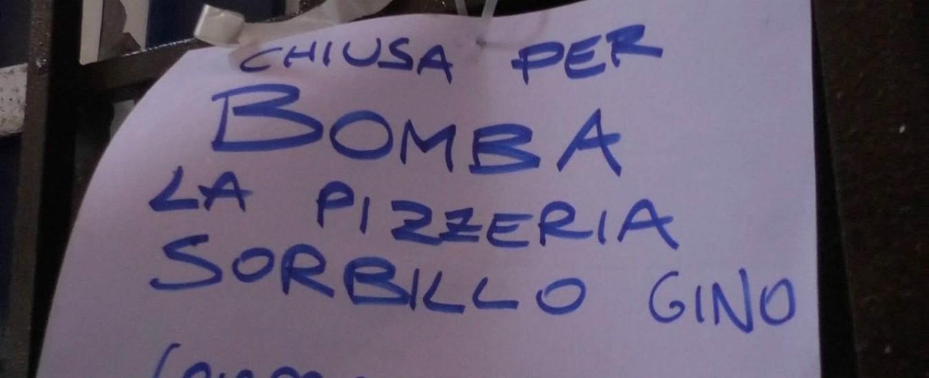 Bomba contro la pizzeria Sorbillo, un attacco a Napoli e ai suoi figli giusti