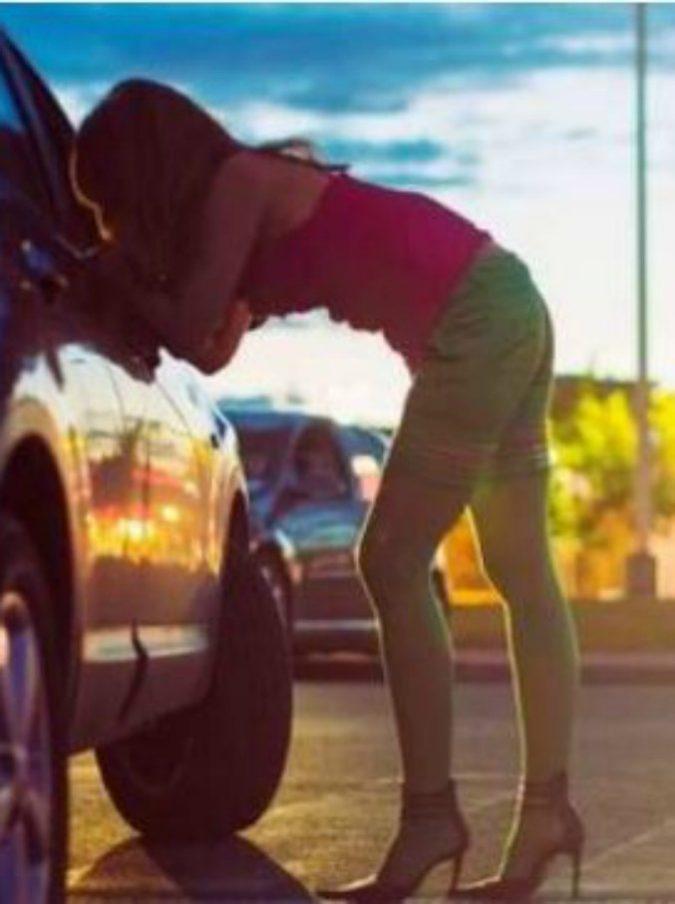 Un 85enne si fa ogni giorno da Pesaro a Rimini per andare a prostitute: dovrà pagare 1000 euro di multa