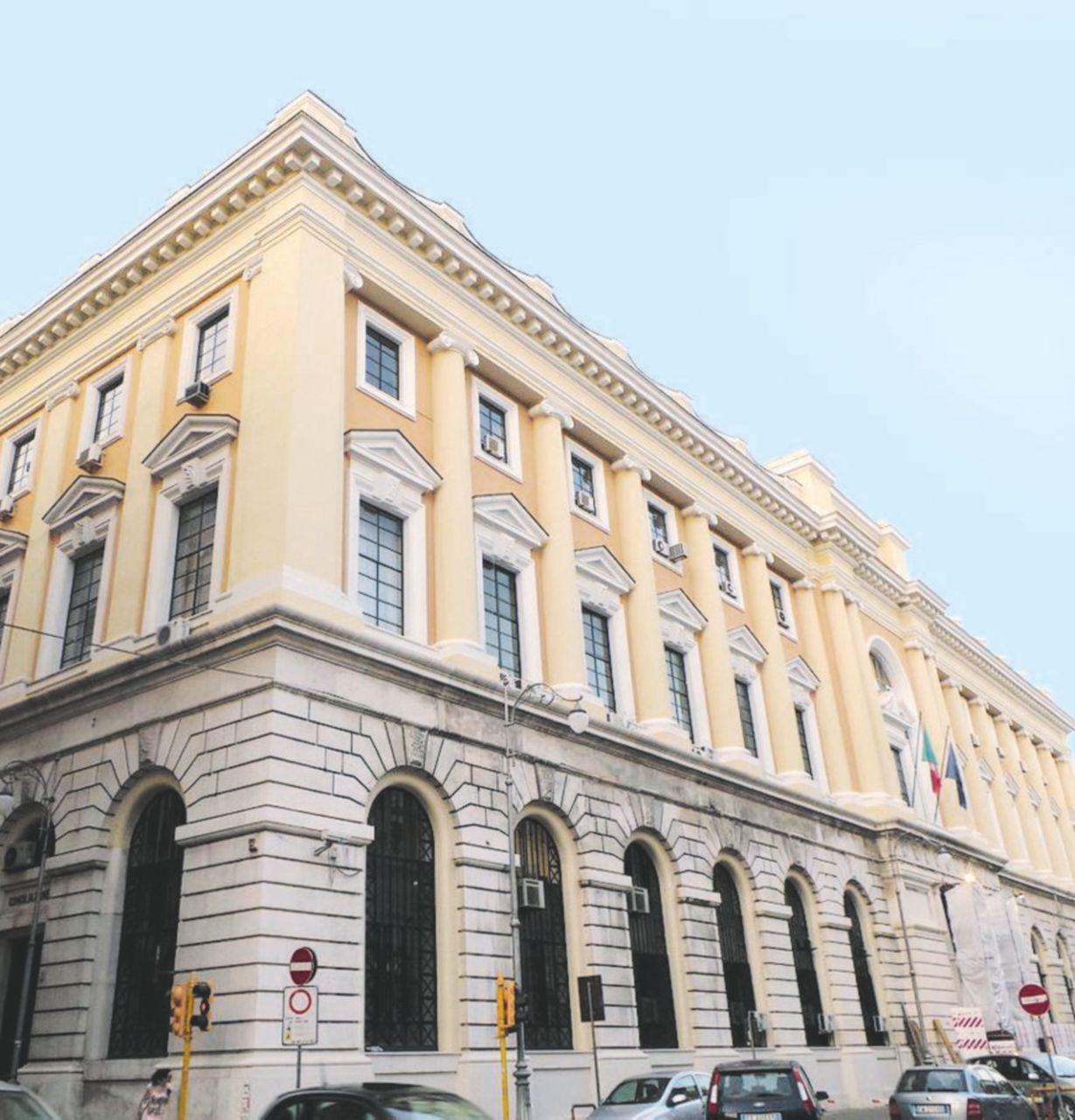 Calabria, terremoto sui magistrati: 15 indagati a Salerno