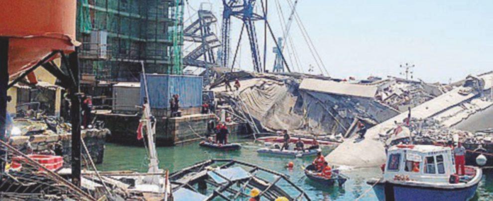 Crollo della torre del porto: assolto in appello il pilota della nave che urtò l'edificio