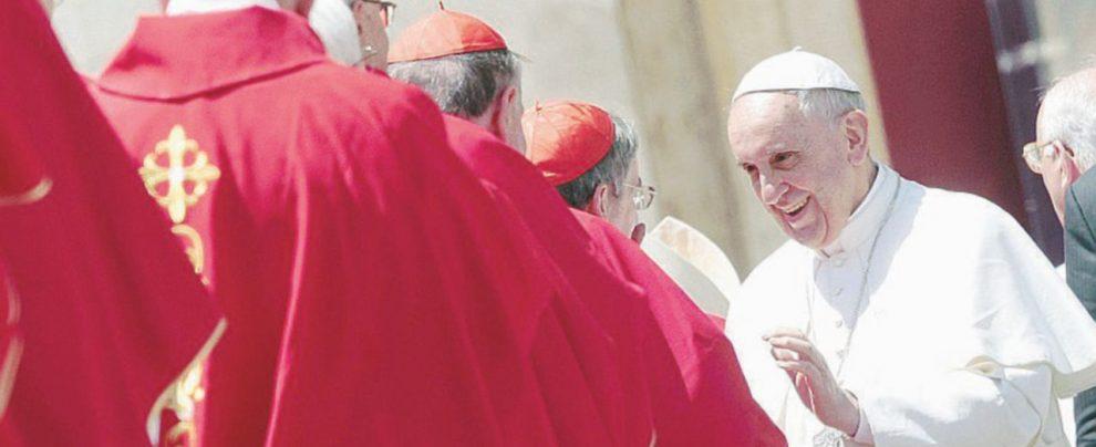 """Kasper: """"Ecco il complotto"""" I dossier Usa sui cardinali"""