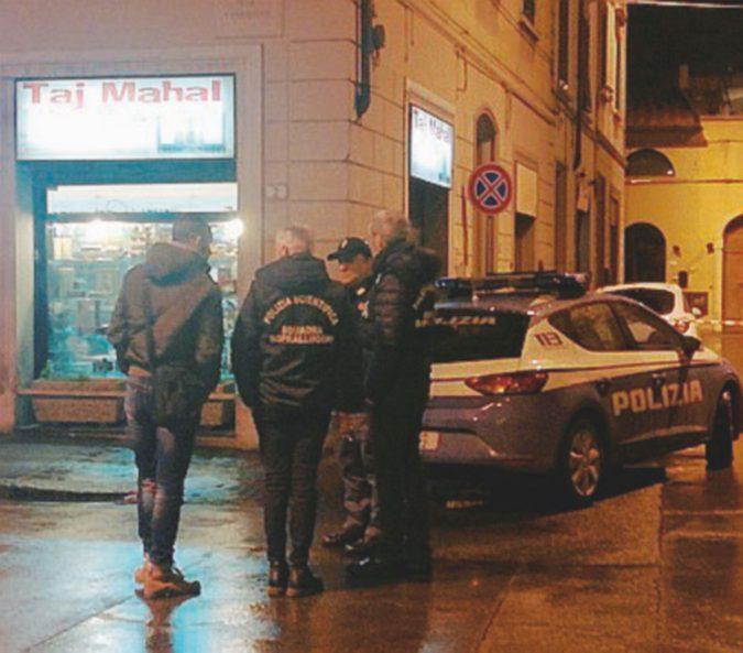 """Tunisino morto dopo il fermo, Salvini dalla parte della polizia: """"Voleva cappuccino e brioche?"""""""