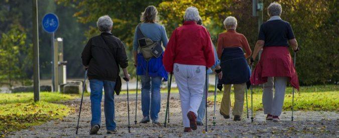 Camminare per 10mila passi al giorno fa bene. Soprattutto alle aziende che producono contapassi