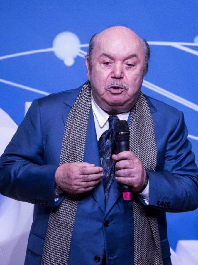 """Lino Banfi in Commissione Unesco, sui social si scatena l'ironia: """"Con Oronzo Canà nuova tariffa 5-5-5 in tutti in musei"""""""