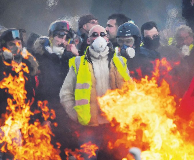 La provocazione di Drouet: la notte dei Gilet gialli