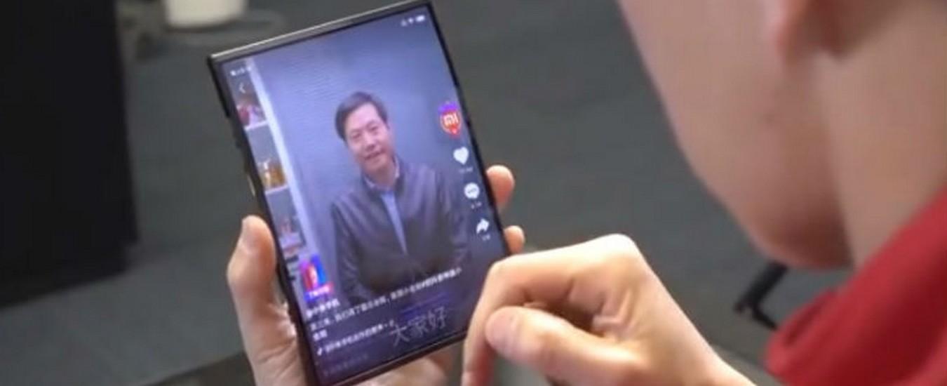 Xiaomi svela il suo smartphone pieghevole in un video, se piace al pubblico potrebbe produrlo in massa