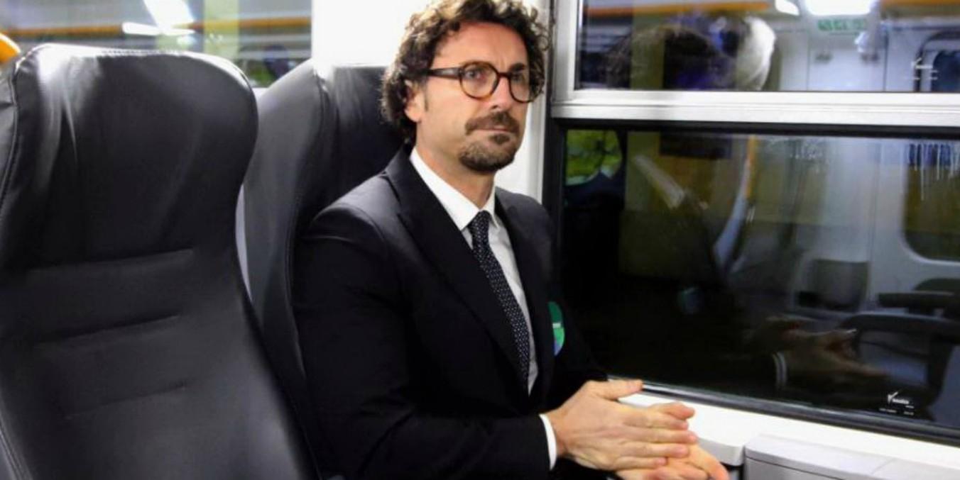"""Pioltello, Toninelli: """"Mi avrebbe fatto piacere vedere Salvini qui con me. Manutenzione è la più grande opera"""""""