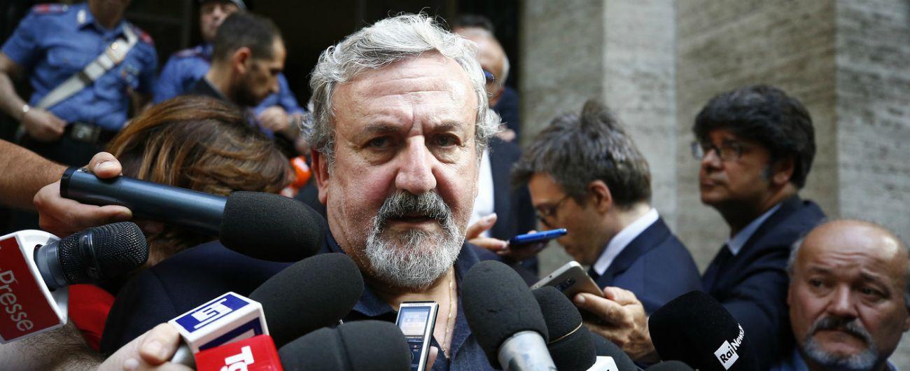 """Michele Emiliano: """"C'è un complotto tra Renzi e Vendola per farci perdere e consegnare la Puglia a Salvini"""""""