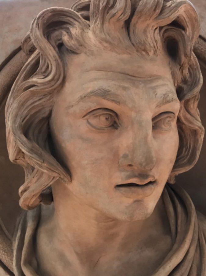 Alessandro Magno fu sepolto vivo: colpito da una sindrome paralizzante, morì dopo sei giorni dalla tumulazione