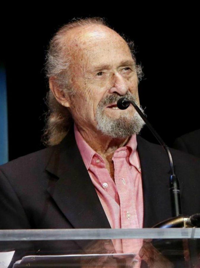 """Dick Miller, è morto l'attore di """"Fame"""" e """"Terminator"""": lavorò con Scorsese e James Cameron"""