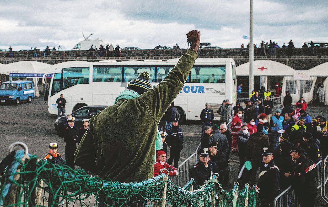 """""""Finalmente terraferma"""". I 47 migranti a Catania"""