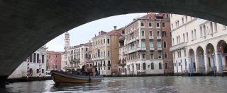"""Italiani come noi, grandi navi a Venezia? """"Si, fondamentali per l'economia"""". """"No, uccidono la città e la Laguna"""""""