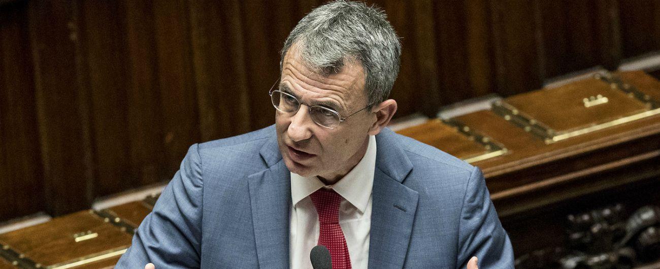 """Lupi e orsi, il ministro dell'Ambiente Sergio Costa: """"Non si uccidono"""" e presenta un piano da un milione di euro"""