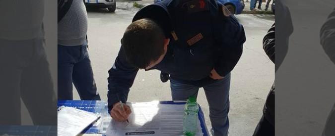 Palermo, poliziotto in divisa firma appello pro Salvini: la questura apre un'inchiesta. Secondo caso dopo Ascoli