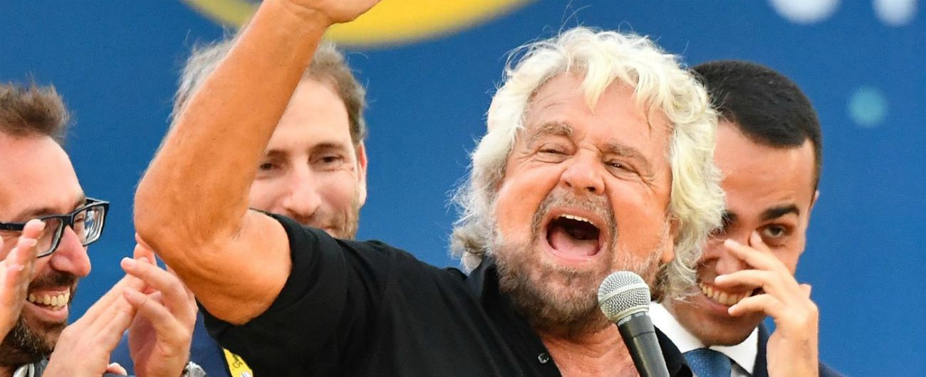 """Beppe Grillo torna sul Blog delle Stelle: """"Dopo 10 anni di battaglie, nel 2019 sarà approvata la legge sull'acqua pubblica"""""""