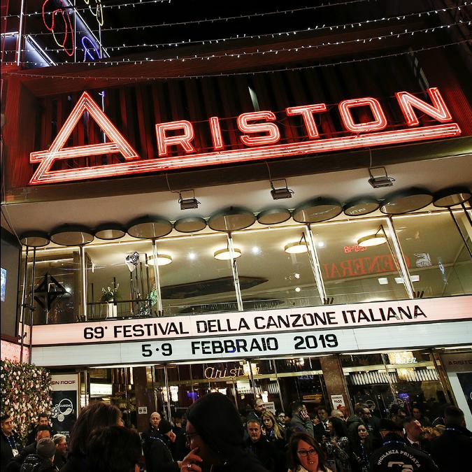 Sanremo 2019, la scaletta della serata finale: gli ospiti, i cantanti in ordine di apparizione e tutti i premi assegnati