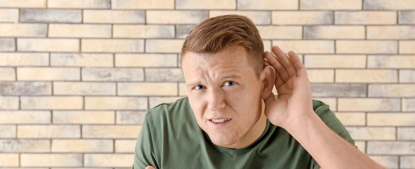 Trascrizione istantanea e Amplificatore, le app di Google per aiutare chi ha problemi di udito