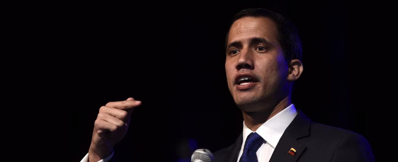 Venezuela, Juan Guaidò si appella al Papa: 'Venga da noi a porre fine all'usurpazione'