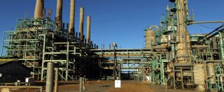 Francia-Italia, lo scontro vero è sui campi petroliferi in Libia: Haftar, uomo di Parigi, punta ad accerchiare l