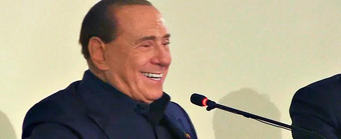 """Berlusconi: """"Gli italiani sono fuori di testa. Mi votano solo 5/6 su 100 e hanno dato in mano il Paese a Di Maio"""""""