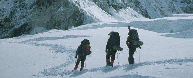 Cambiamenti climatici, il ghiaccio dell'Himalaya si sta sciogliendo. Gli accordi di Parigi non bastano