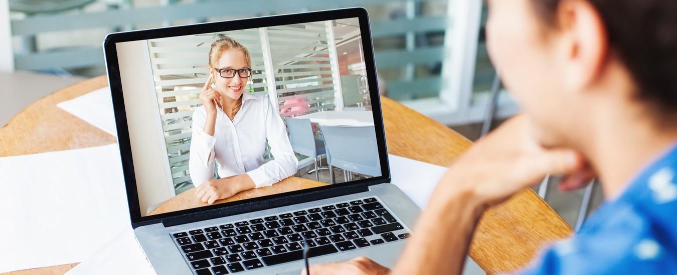 Skype sfrutta l'Intelligenza Artificiale per sfocare lo sfondo delle videochiamate