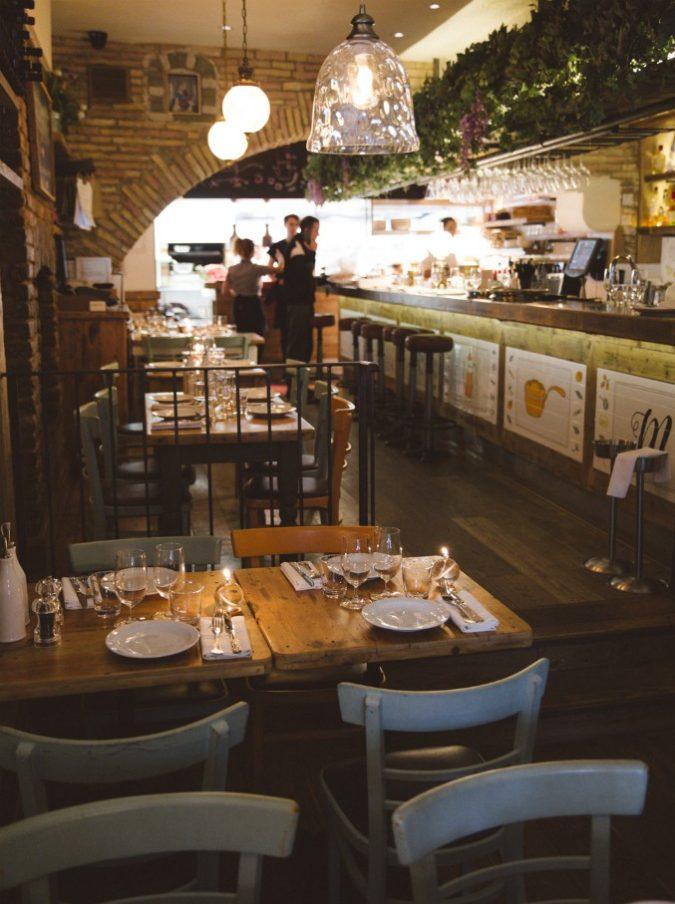 A Londra c'è un ristorante dove cucinano le mamme degli italiani che lavorano nella City