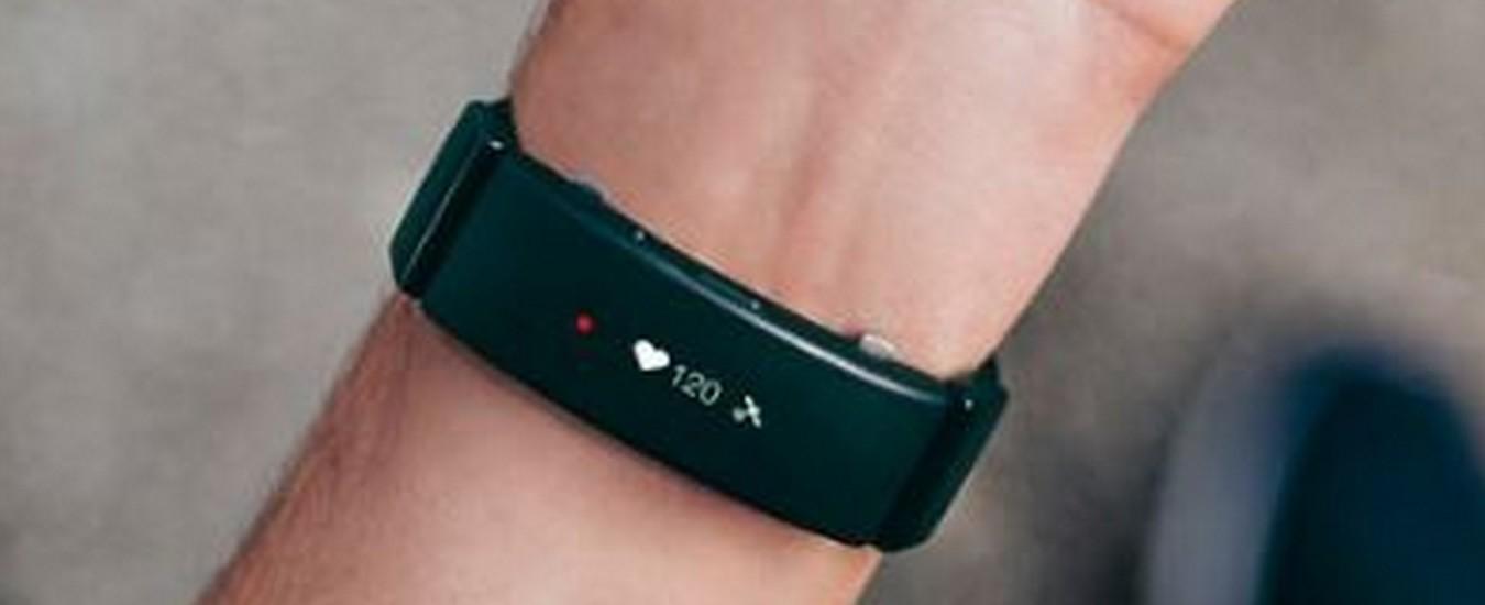 Sony trasforma l'orologio tradizionale in uno smartwatch con cinturini raffinati ma costosi