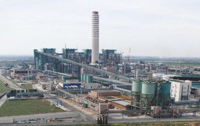 Centrali da spegnere nel 2025: Enel va alla guerra del carbone
