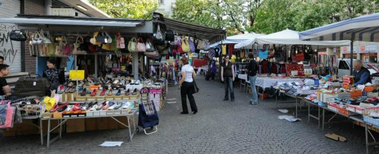 """Roma, permessi agli ambulanti in cambio di soldi e favori: così per i pm funzionava il """"sodalizio criminoso"""""""
