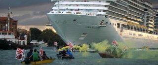 Venezia, Comitato No Grandi Navi: 'Ecco perché il traffico deve necessariamente fermarsi oltre il Mose, fuori dalla Laguna'