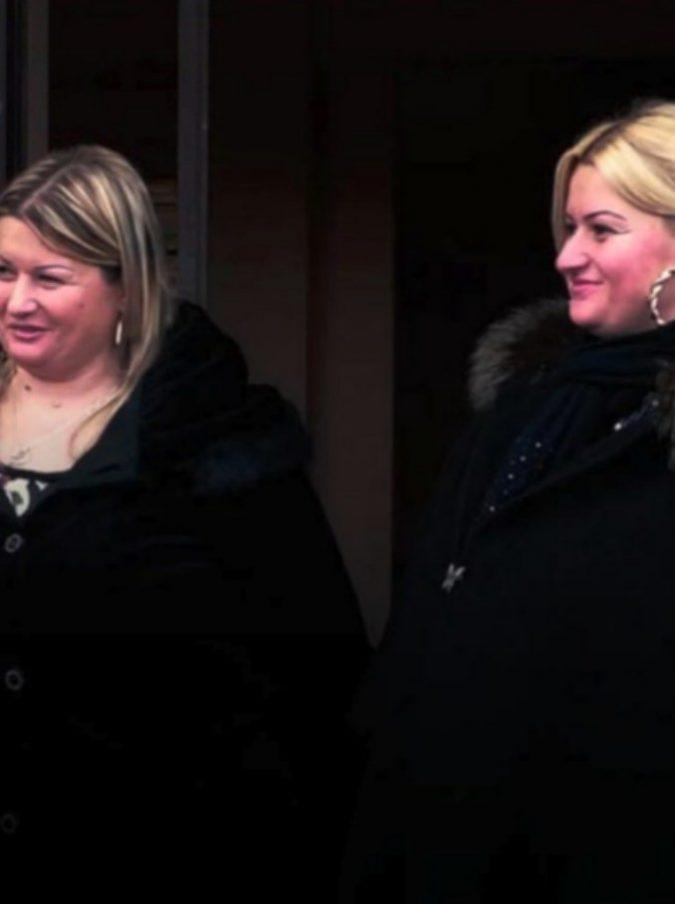 Le gemelle di Avanti di un altro in onda nonostante siano agli arresti domiciliari: ecco perché