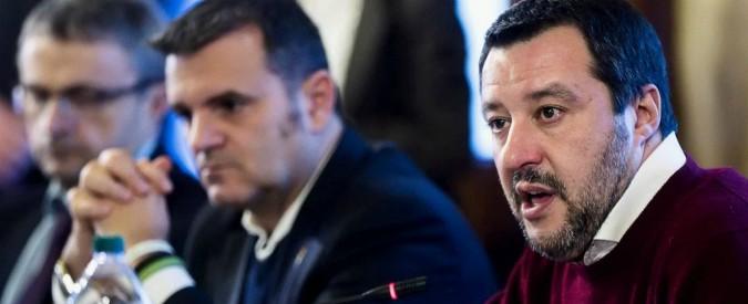 """Protesta latte, Salvini incontra i pastori sardi: proposti 44 milioni per ritirare 67 quintali di pecorino. M5s: """"Basta spot"""""""