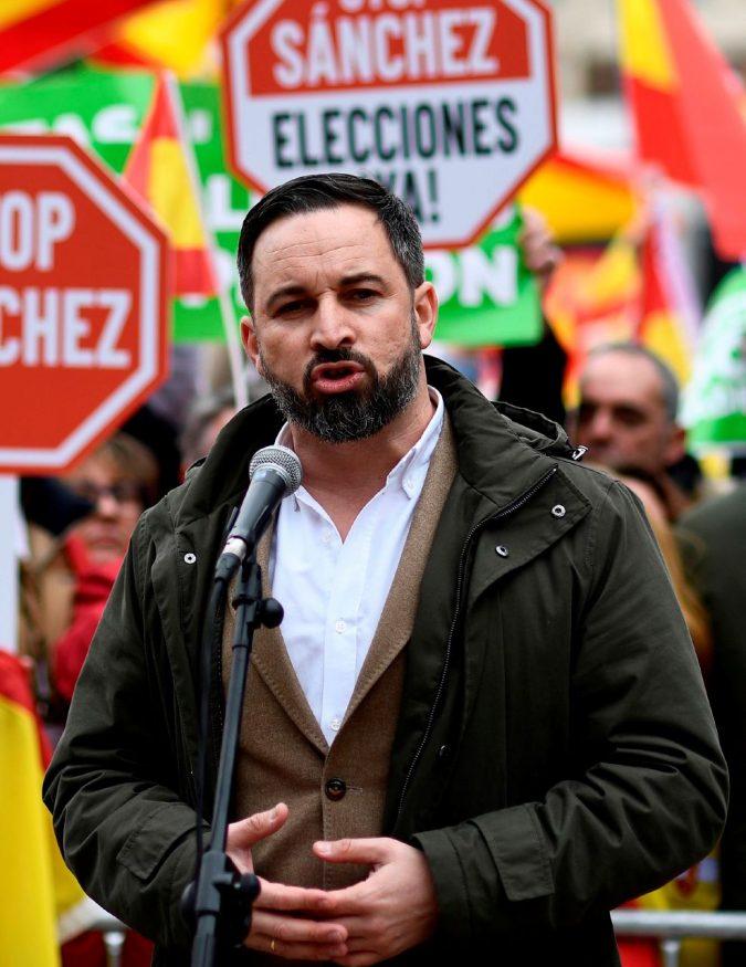 Sánchez costretto al voto. Vox si prepara a governare