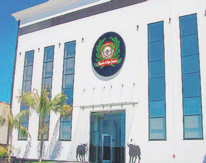 Mafia del caseificio, arrestato anche il direttore dell'Agenzia delle Entrate di Salerno