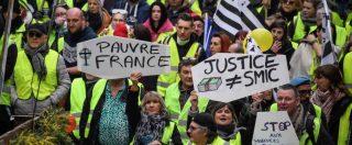 """Gilet gialli, dopo le violenze il premier Philippe rimuove prefetto di Parigi: """"Stop manifestazioni sugli Champs-Elysées"""""""